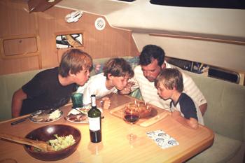 Geburtstags-Feier auf einem Katamaran Yacht auf den Bahamas
