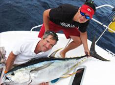Yellowfin-Thunfisch mit Kapitän Craig Doring