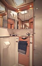 Kiwi Pryde Lagoon 500 Catamran Yacht Cruiser - Bathroom